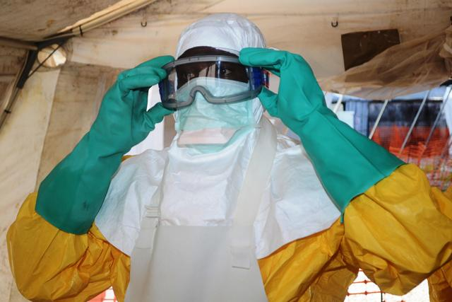 Вирус Эбола – как защититься от лихарадки, есть ли вакцина, симптомы и лечение