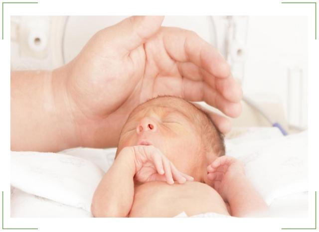 Ретинопатия недоношенных — причины возникновения, диагностика и методы лечения