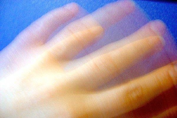 Тремор рук - классификация и причины развития