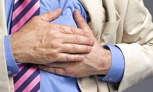 Что делать при признаках кардиогенного шока – первая скорая и неотложная помощь, алгоритм действий