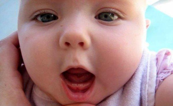 Натальные и неонатальные зубы у новорожденных