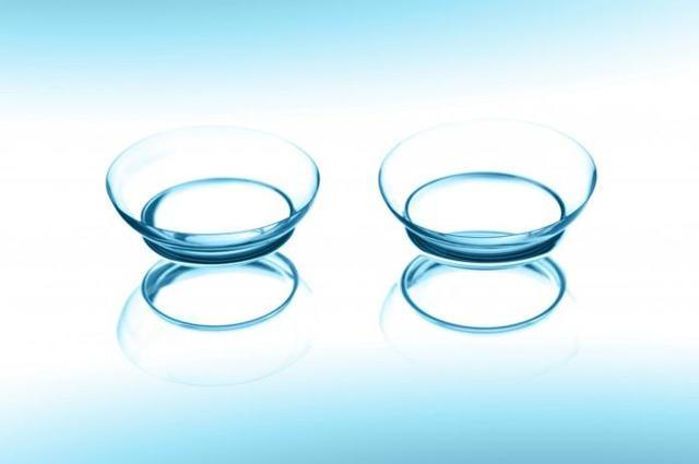 Контактная коррекция зрения – использование линз в лечебных целях