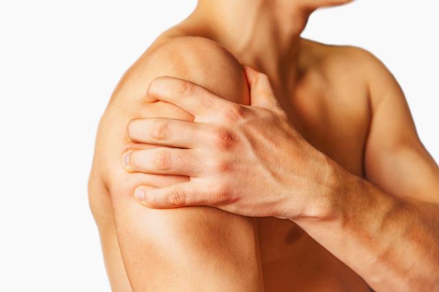 Вывих плечевого сустава – симптомы, лечение и восстановление