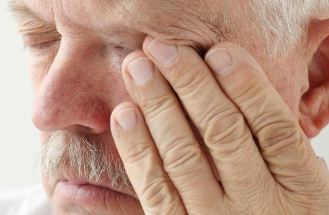 Киста гайморовой пазухи - симптомы, причины, осложнения