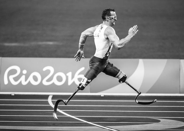 Как и зачем оформлять инвалидность в России - какие льготы она дает?