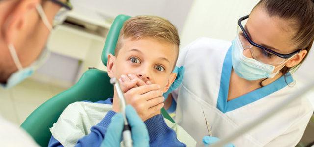 Ребенок боится стоматолога - как избавить детей от дентофобии, наладить контакт с врачом и вылечить зубки?
