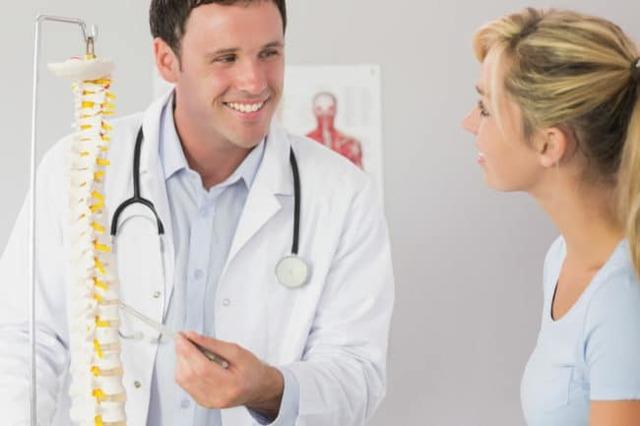 Что лечит врач-вертебролог, и почему именно вам может быть необходима консультация вертебролога?